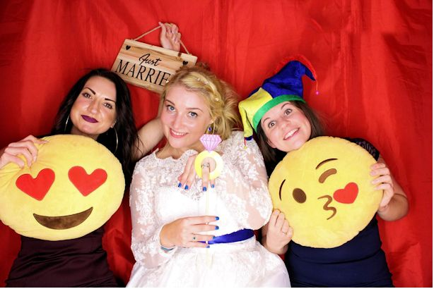 Weddings Funz Photo Booth